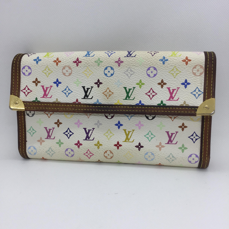 ブランドリペア転売 ヴィトンの財布クリーニングしたら10分で5000円利益!